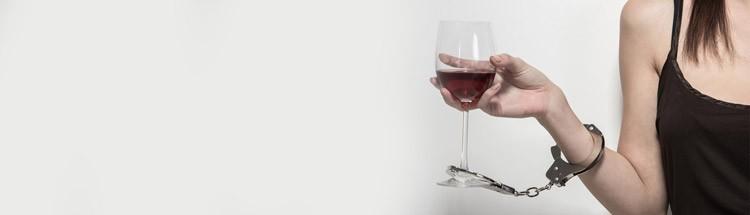 Признаки женского алкоголизма на лице